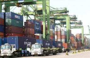 Docas atualiza normas para controle de caminhões no Porto